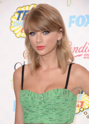 Taylor Swift: Fransiger Bob mit Pony
