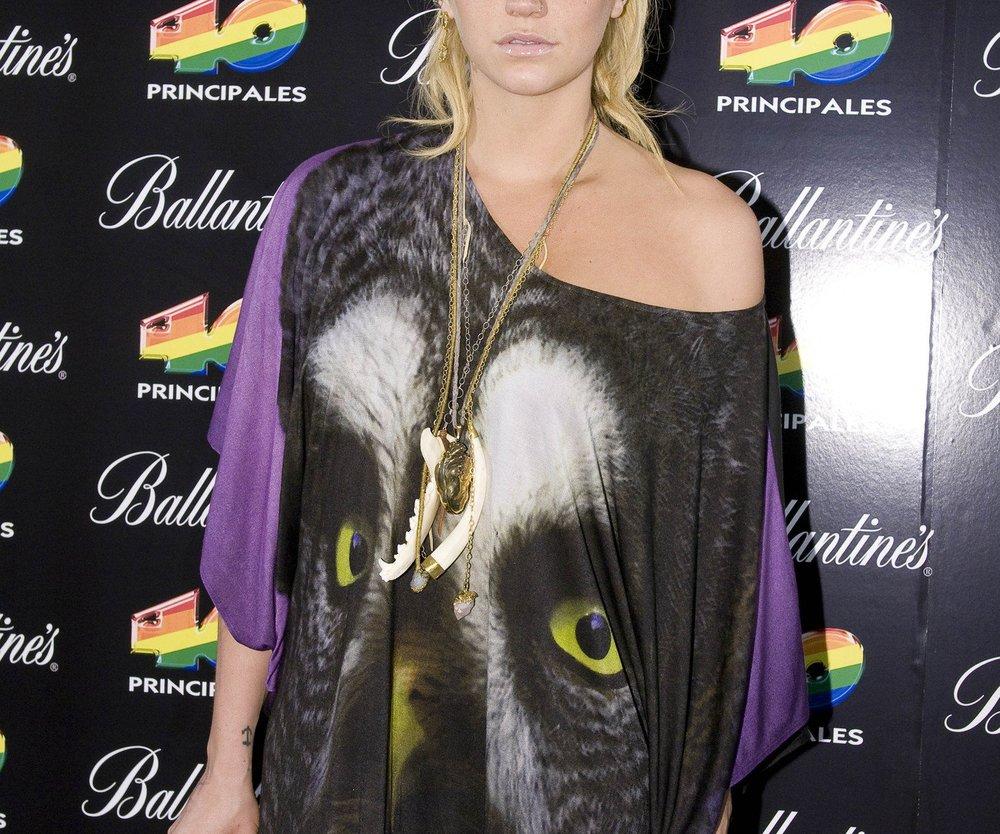 Kesha liebt Frauen!
