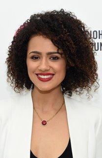 Nathalie Emmanuel: Afro-Look