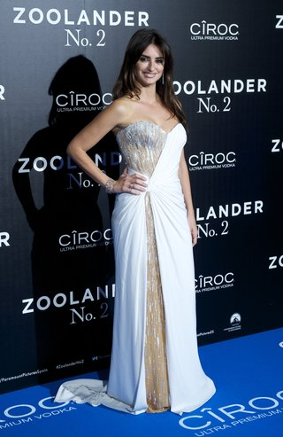 MADRID, SPAIN - FEBRUARY 01:  Penelope Cruz attends the Madrid Fan Screening of the Paramount Pictures film 'Zoolander No. 2' at the Capitol Theater on February 1, 2016 in Madrid, Spain.  (Photo by Juan Naharro Gimenez/Getty Images)