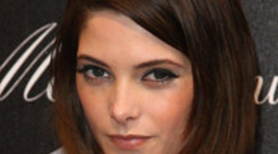 Ashley Greene: Heiße Affäre mit Adrian Grenier?