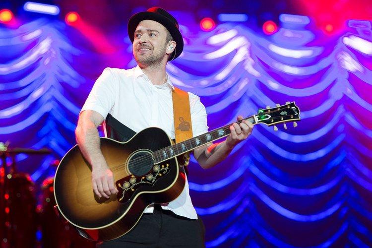 Justin Timberlake an der Gitarre