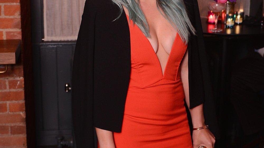 Hilary Duff steht zu ihren Mama-Kurven