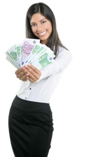 Spätestens im Vorstellungsgespräch sollte über das Gehalt verhandelt werden.