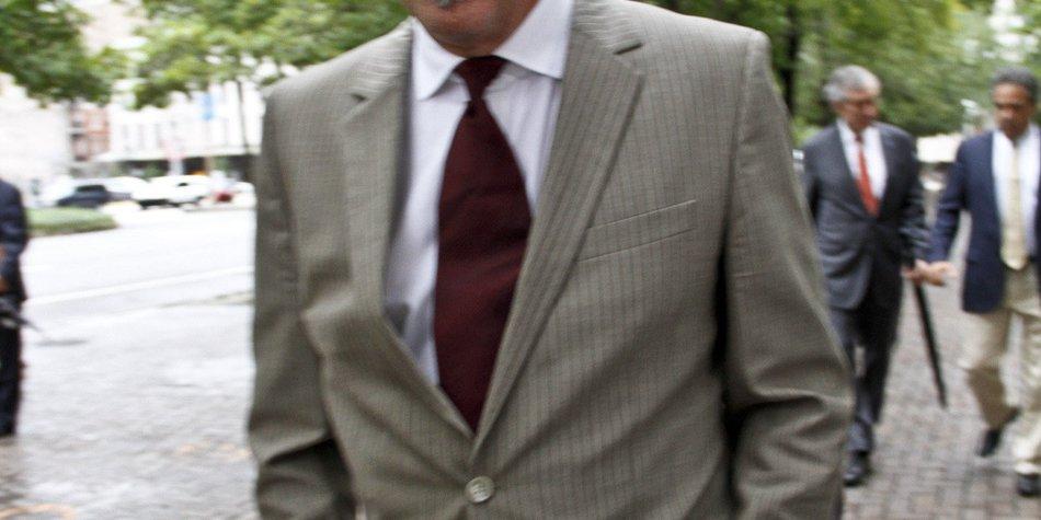 Kevin Costner von Nachbar verklagt