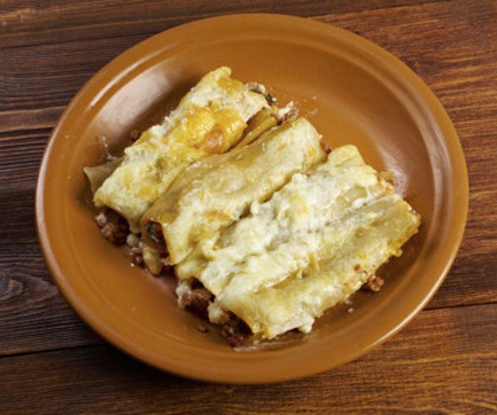 Gefüllte Cannelloni mit Hackfleisch