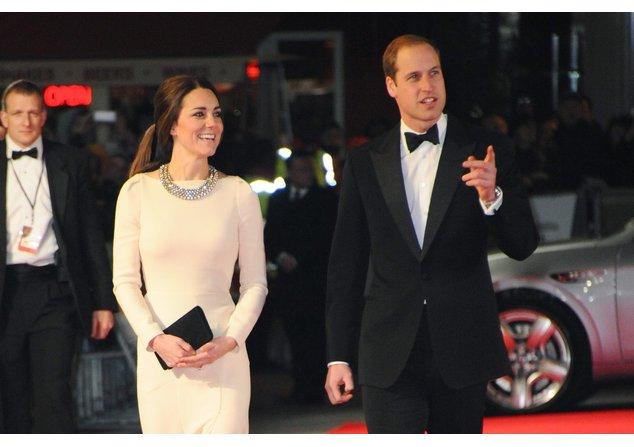 Kate Midleton und Prinz William bei einer Filmpremiere