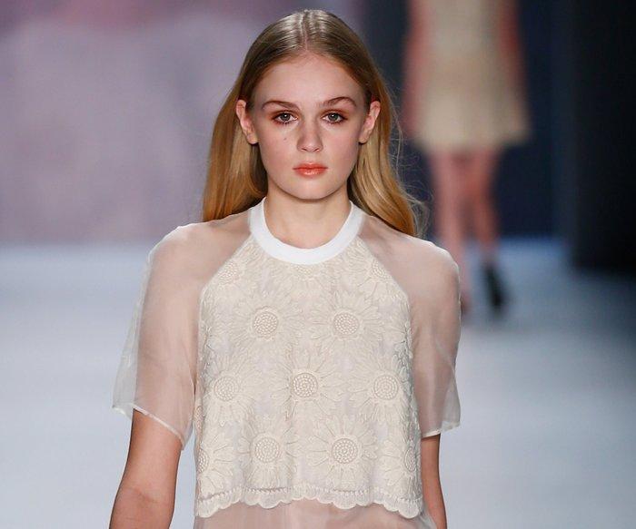 Fashion Week Berlin: Charlotte Ronson verzückt mit Gänseblümchen-Charme