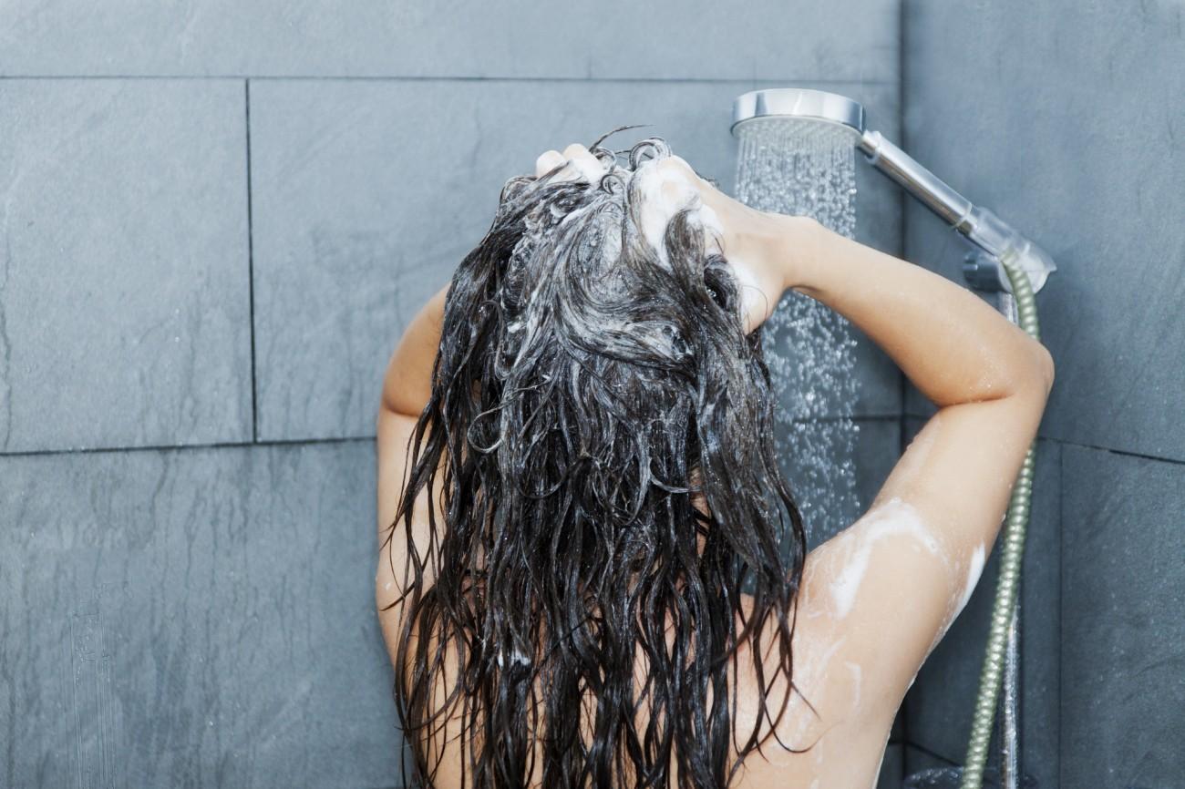 Gefarbte haare taglich waschen