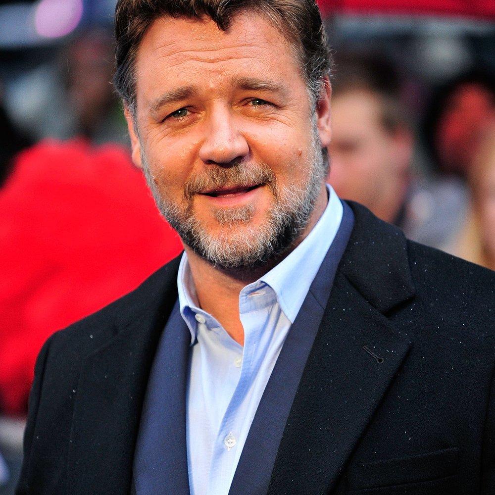 Russell Crowe will den Papst überzeugen, seinen Film zu sehen