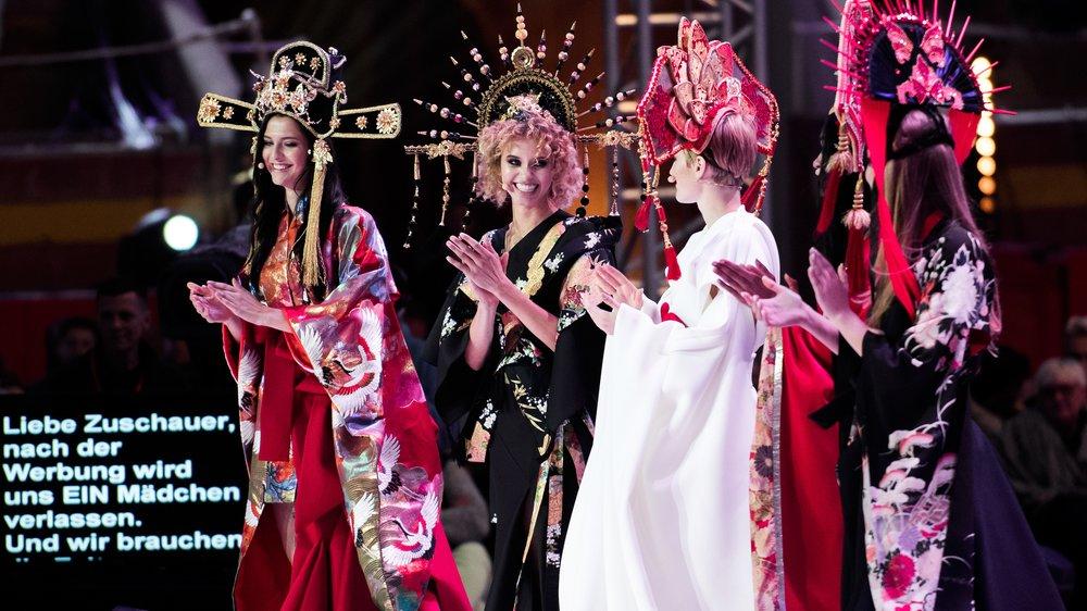 Fata, Taynara, Kim und Elena