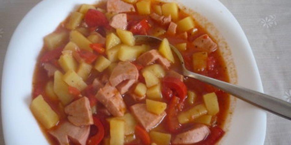 Kartoffel-Wurst- Gulasch