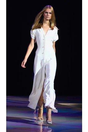 Topmodel Toni Garrn auf einer Fashion Show