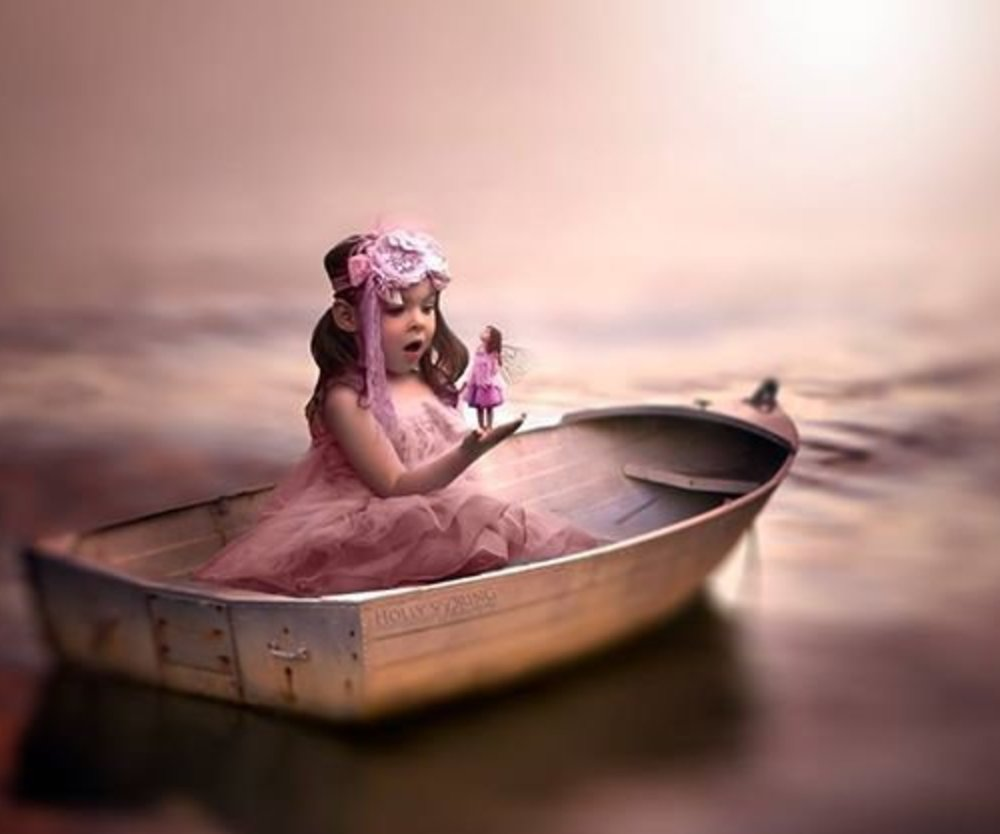 Mutter macht Fotoserie mit Tochter ohne Hand