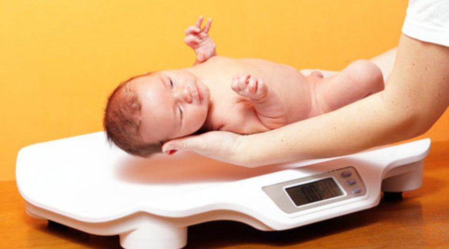 Baby mit 6 Kilo Geburtsgewicht