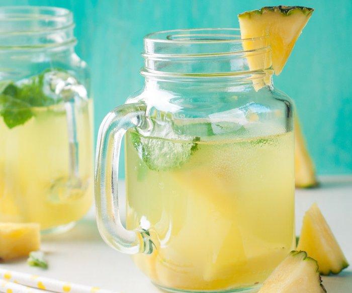Ananaswasser