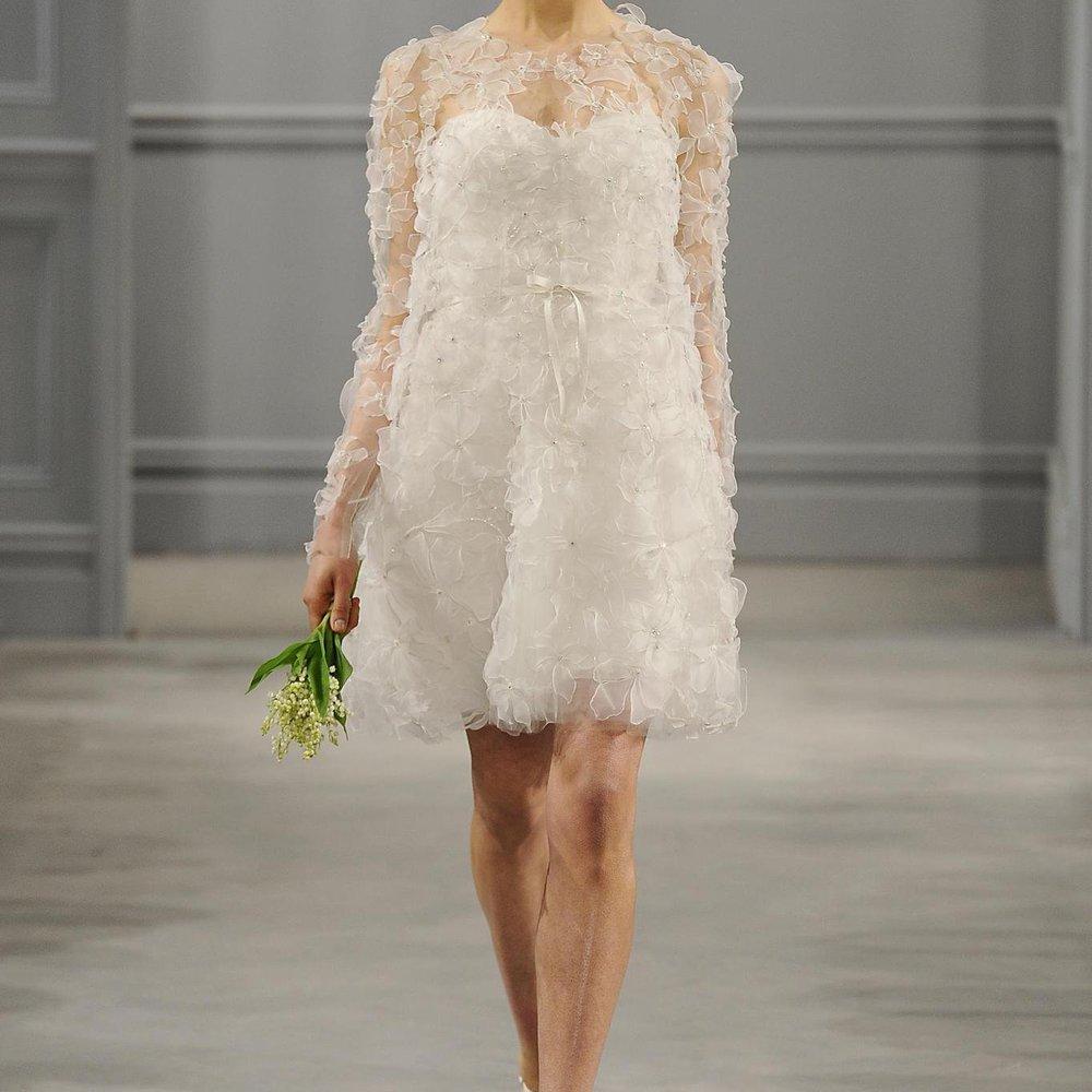 In New York werden die neuesten Brautmode-Trends gezeigt