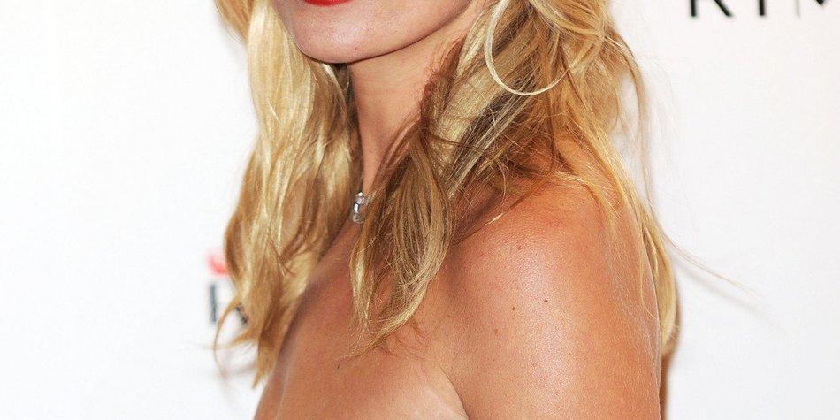 Kate Moss zieht sich für Ex-Freund aus