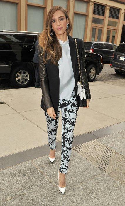 Jessica Alba in New York unterwegs