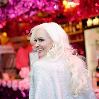 COLOGNE, GERMANY - NOVEMBER 30: Daniela Katzenberger poses for photographers during the 'Daniela Katzenberger - mit Lucas im Weihnachtsfieber' photocall at Christmas Avenue on November 30, 2016 in Cologne, Germany. (Photo by Andreas Rentz/Getty Images)