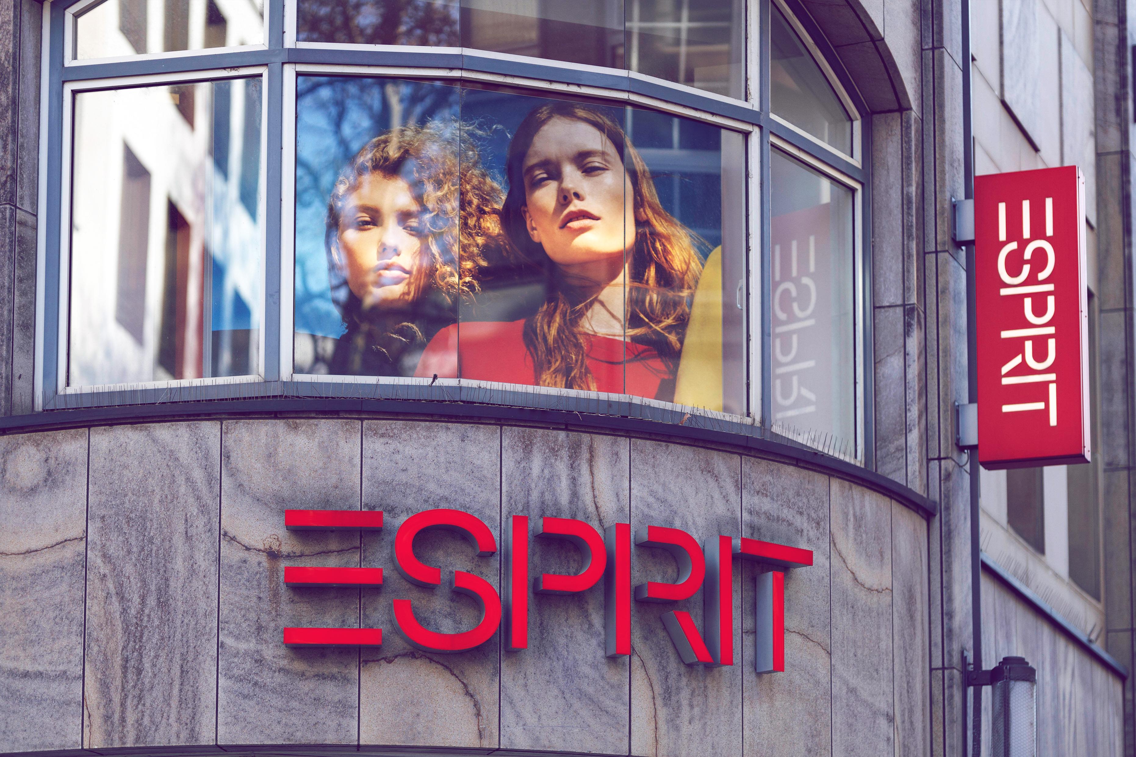 Esprit schließt die Hälfte seiner Filialen in Deutschland | desired.de