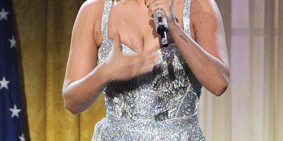 Lady Gaga wird von Liza Minnelli gelobt