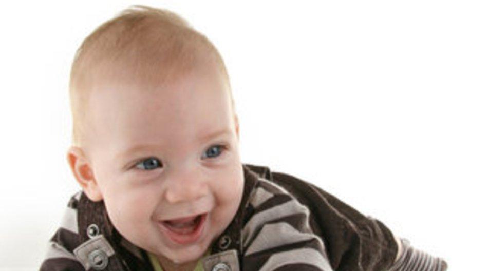 Entwicklung Baby: Vierter bis sechster Monat