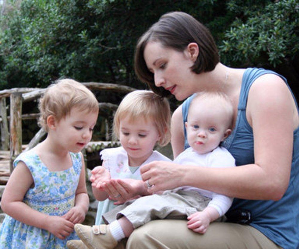 Kinder: Junge Mütter haben mehr Nachwuchs