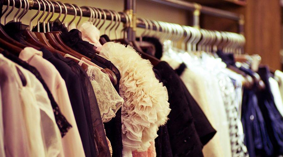Kleiderschrank-Blues: Wie Sie Ihren Kleiderschrank effizient ...