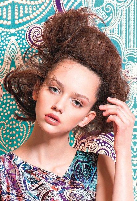 Hochsteckfrisuren Mittellange Haare Desired De