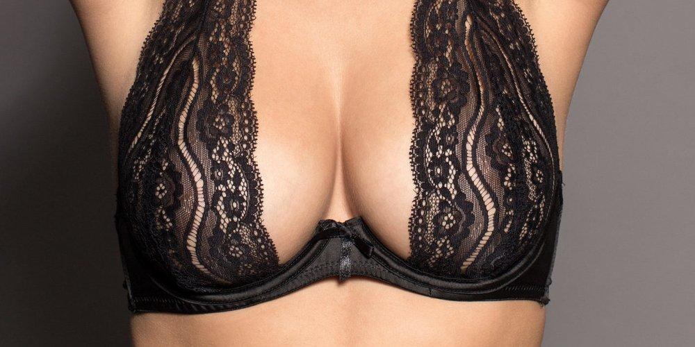 Brüste sind ein kleines Mysterium. Glaubst du nicht? Dann lies dir diese sieben kuriosen Fakten über den weiblichen Busen durch. Du wirst überrascht sein!