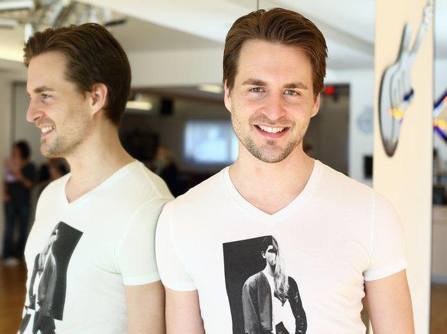 Alexander Klaws im Tanzstudio