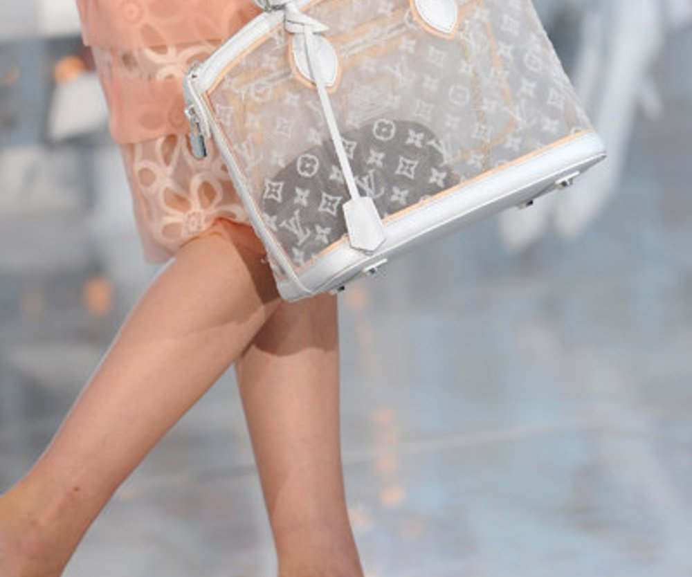 Transparent: Louis Vuitton