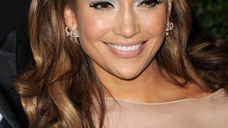 Jennifer Lopez wohnt mit Ex zusammen