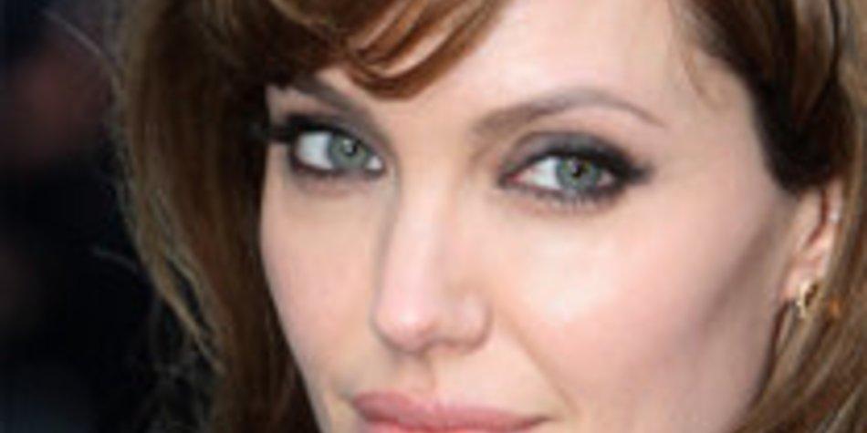Angelina Jolie: Hilfe für Flutopfer