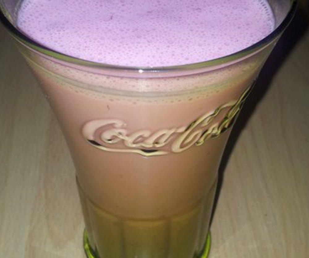 himbeer smoothie mit VERPOORTEN ORIGINAL Eierlikör