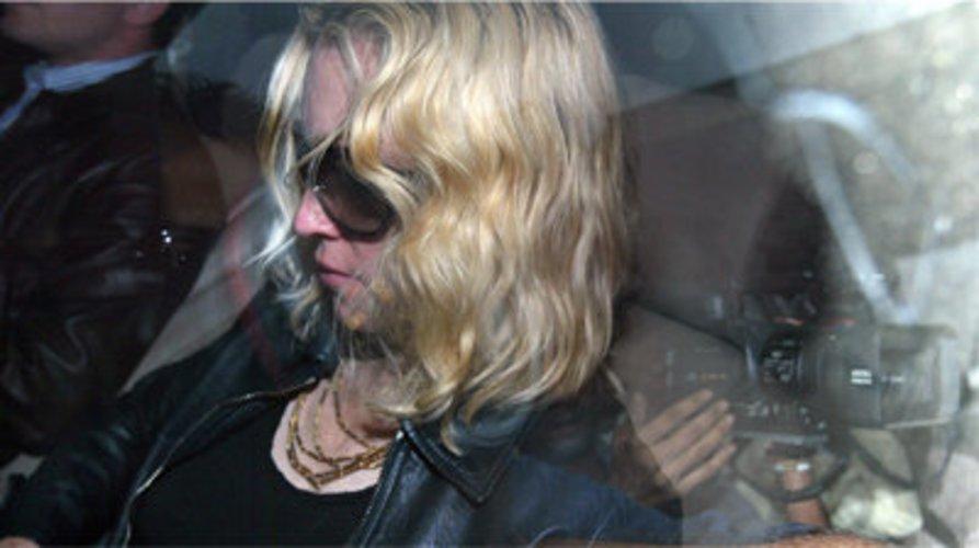 Rummel um Madonna.