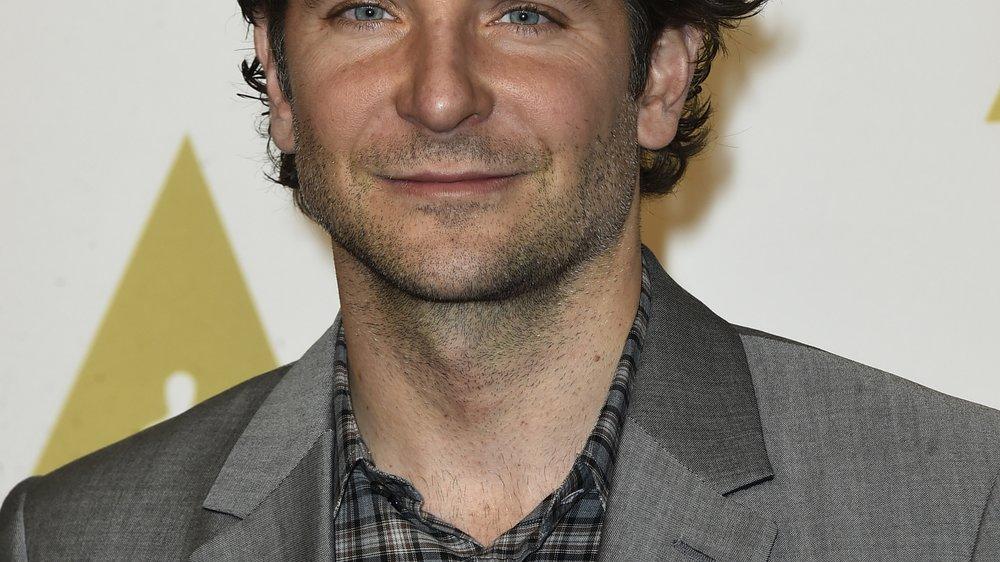 Bradley Cooper: Zieht er mit Suki Waterhouse nach London?
