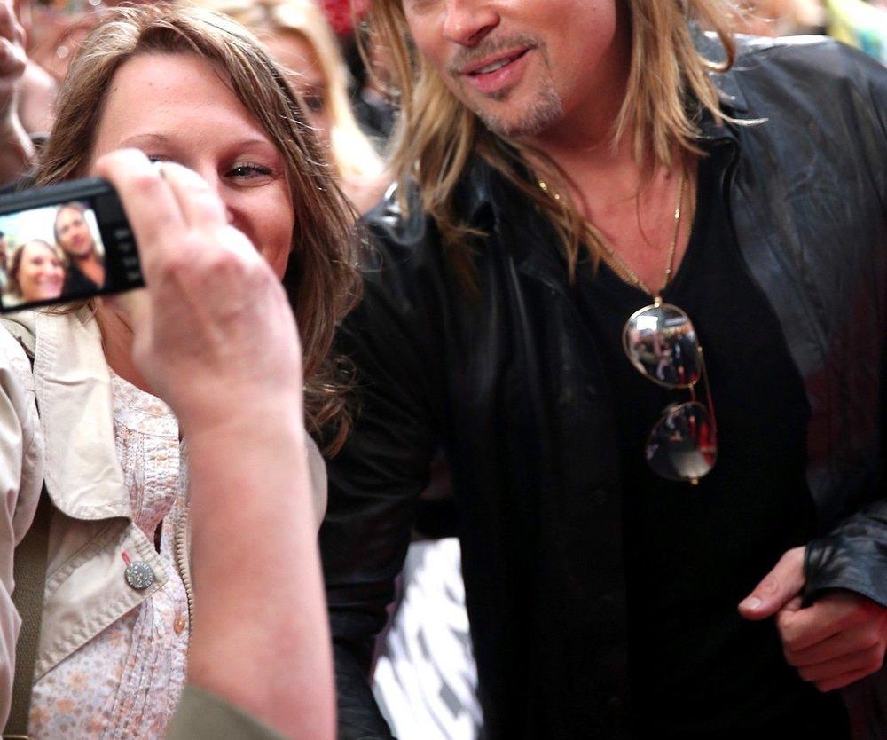 Brad Pitt raucht wieder Marihuana