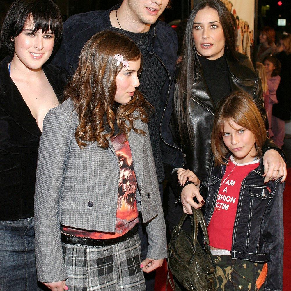 Ashton Kutcher unterstützt Tochter von Demi Moore