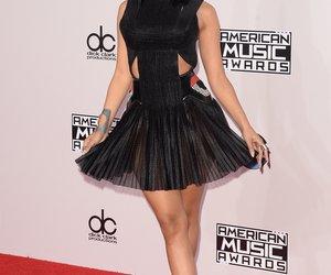 Nicki Minaj zeigt sexy Kalenderblatt