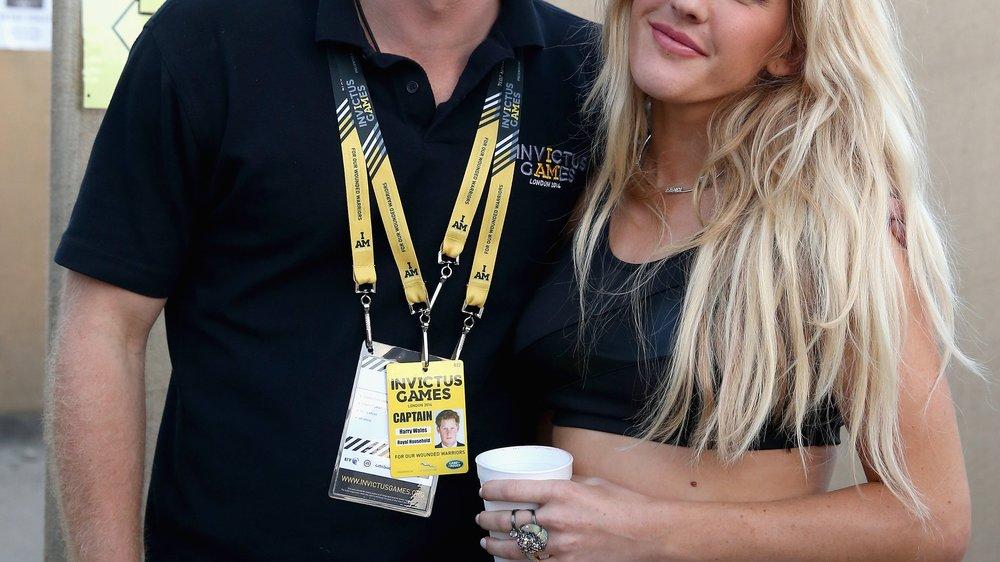Ellie Goulding freut sich auf royalen Nachwuchs