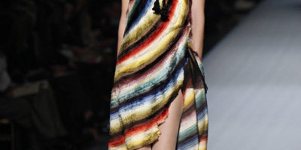 Haute Couture von Jean-Paul Gaultier auf der Fashion Week Paris