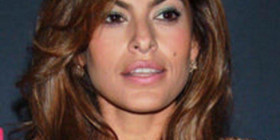 Eva Mendes kämpft gegen Beziehungsprobleme