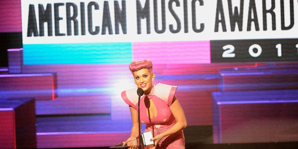 Katy Perry: Nicht schwanger