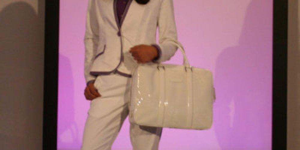 Weißes sportliches Business Outfit von Michael Michalsky