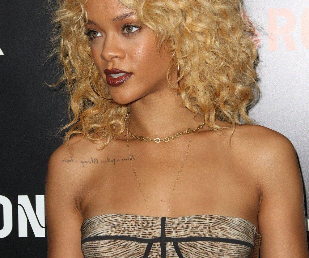 Rihanna soll über Gewalt sprechen