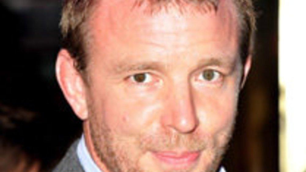 Guy Ritchie hat jetzt einen lila Flitzer!