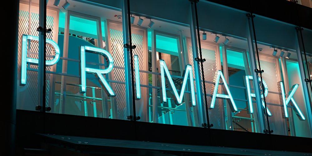 Ein Ex-Mitarbeiter von Primark packt aus und verrät seine besten Shopping-Tipps und -Tricks, mit denen du nicht nur Zeit, sondern sogar Geld sparen kannst.