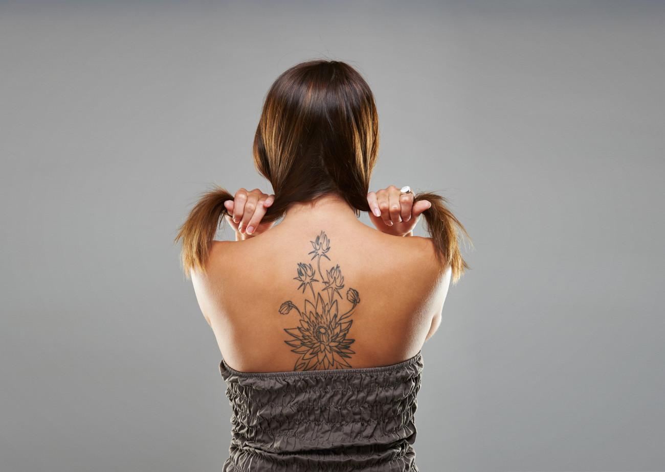 47 tattoo ansatz tatoos. Black Bedroom Furniture Sets. Home Design Ideas
